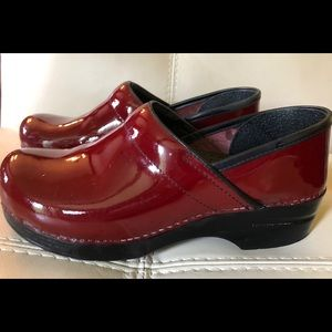 Dansko Clogs Professional Wine Red Patent Leather